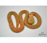Вязаная змея Рыжик